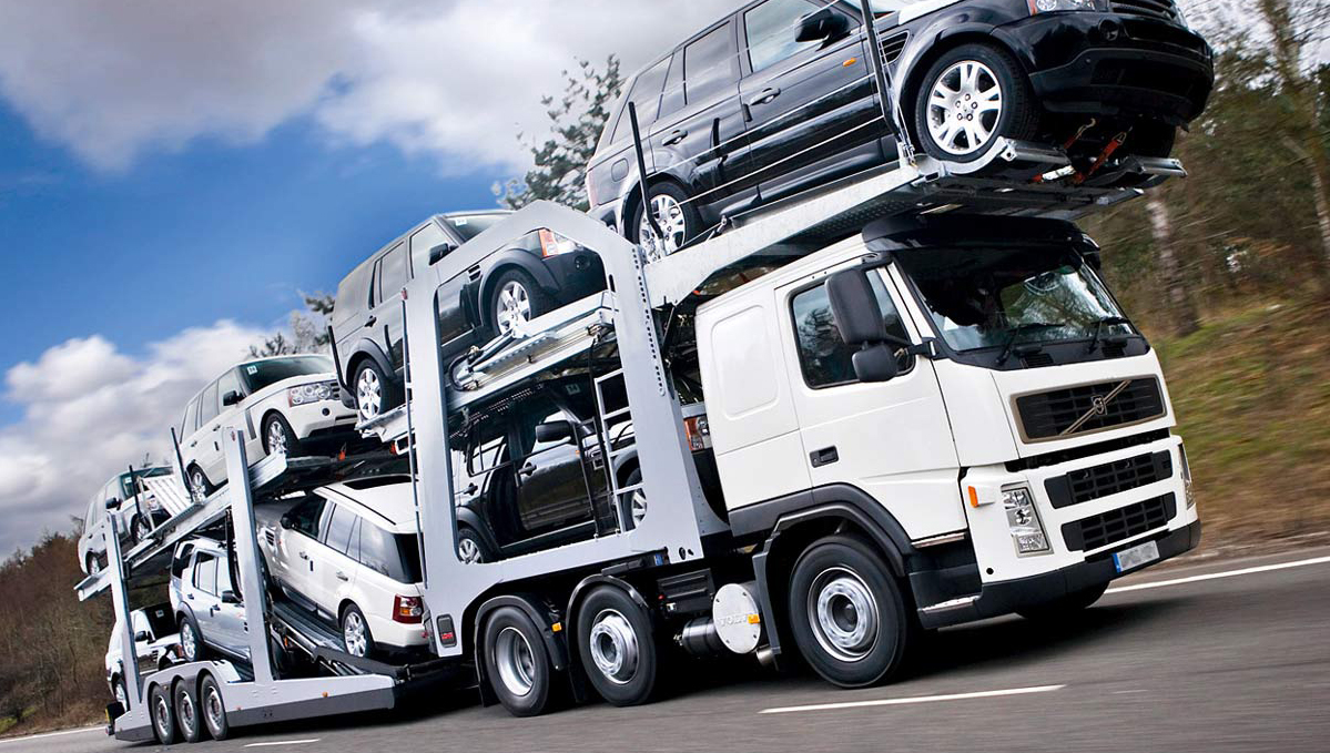 Convoi porte-voitures LOHR
