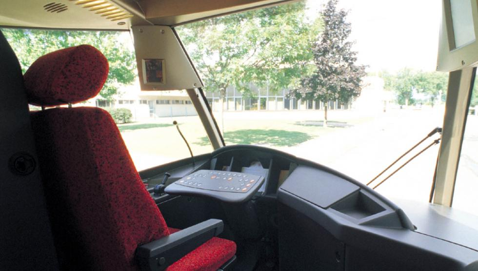 Tramways Translohr, Poste de conduite